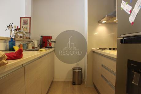 Apartamento De 1 Dormitorio Con Renta! Amplio Y En Excelente Zona!