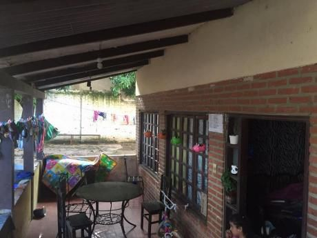 Oferto Casa De 2 Plantas Y 3 Dormitorios