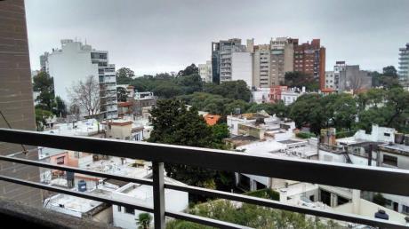 Apartamento Amplio En Punta Carretas