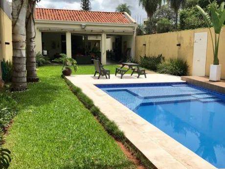 Vendo Casa Toda En Planta Baja, Zona Club Centenario, Leon Condou, Venezuela