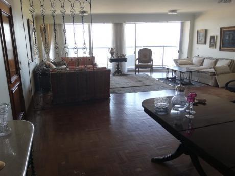 Venta Apartamento Tres Dormitorios Rambla Punta Carretas