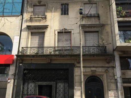 Local Y Oficinas - En El Centro Frente A La Plaza Fabini