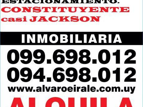 # Constituyente Y Jackson Local 150 M2*