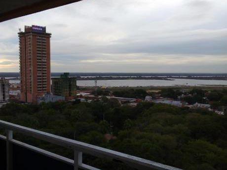 Alquilo Dpto. De 3 Habitaciones En Edificio, Zona 25 De Mayo - Plaza Uruguaya