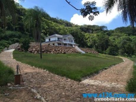 Increible Casa De SueÑos En Caacupe
