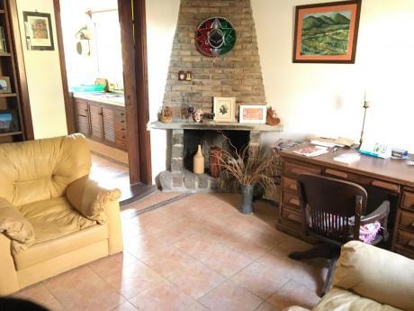 Casa Central - Buena Casa En Islas Canarias Y Molinos De Raffo