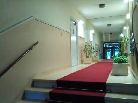 Apartamento De 1 Dormitorio Frente Al Clinicas