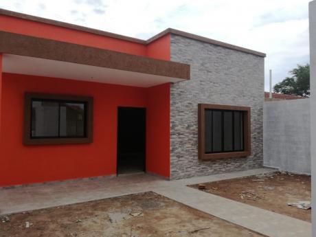 Linda Casa A Esternar En Tres Pasos Al Frente 9no Anillo  65.000 $us