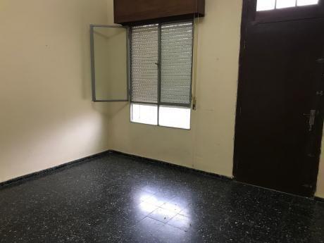 Oficina Sosa - Casa Reservada Al Frente En Prado Norte