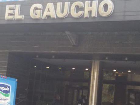 Oficina En Torre Del Gaucho