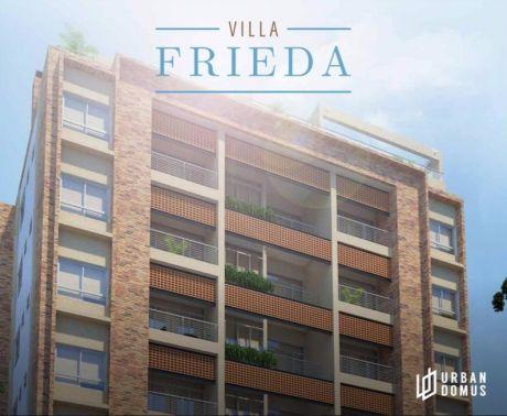 Edificio En El Corazón De Barrio Jara