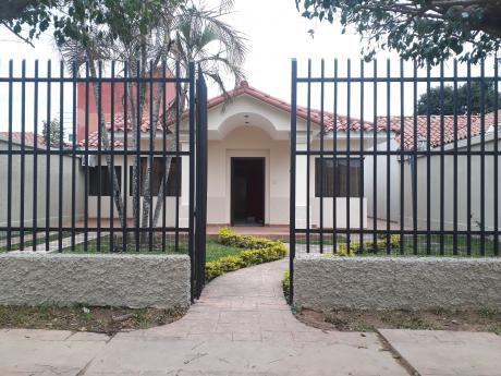 Hermosa Y Amplia Casa En Venta