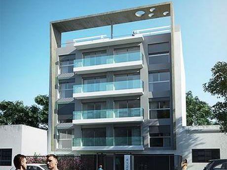 Venta De Apartamento De 2 Dormitorios En Buceo - U101