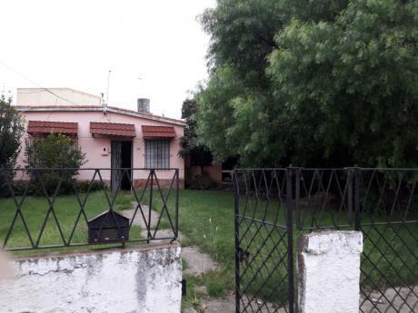 Oportunidad Casa 2 Dormitorios Importante Terreno Acepta Banco Y Anv