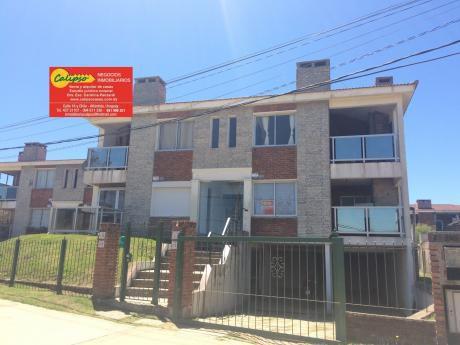 Alquiler Anual - Frente A La Playa- Equipado-con Cochera-