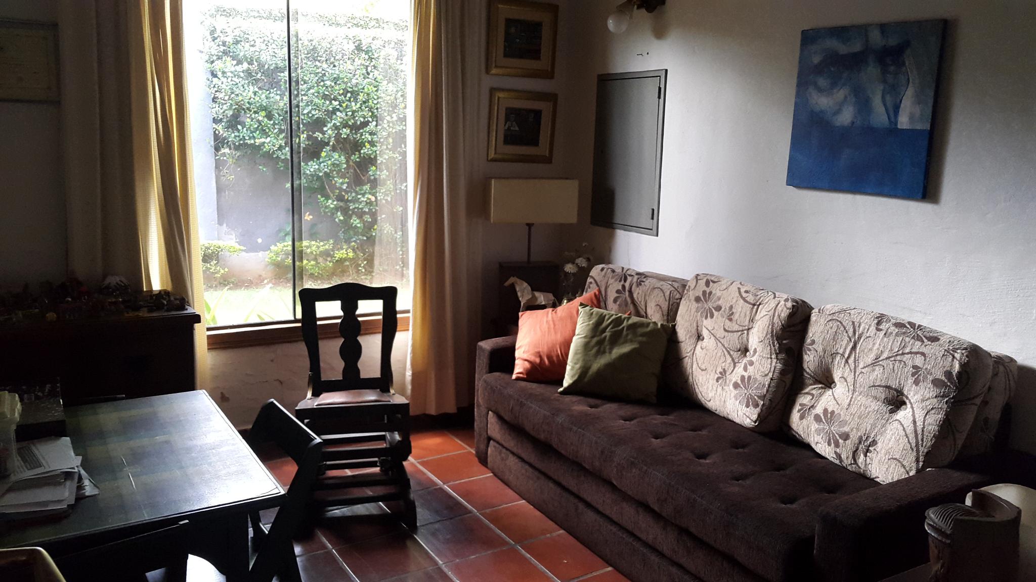 Venta Casa Estilo Colonial Fdo. De La Mora, Zona Laguna Grande