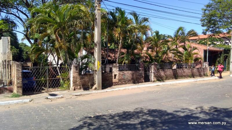 (543) Terreno De 910 M2 Sobre Av. Santísima Trinidad