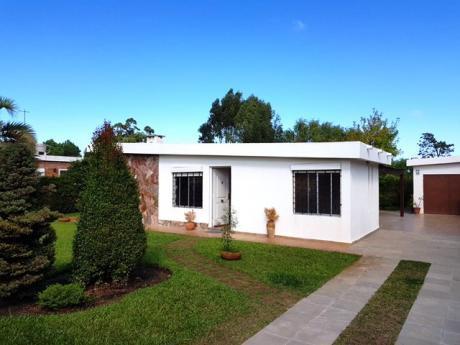 Alquiler De Casa 2 Dormitorios , Lomas De Solymar