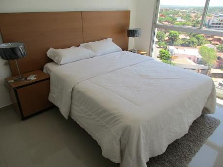 Departamento De 2 Dormitorios, Amoblado Y Equipado, En Edificio Quantum Park