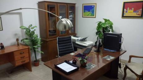 Alquilo 2 Oficinas Amobladas A 2 Cuadras Del Palacio De Justicia