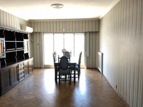 Apartamento Centro Venta 4 Dormitorios  Garage