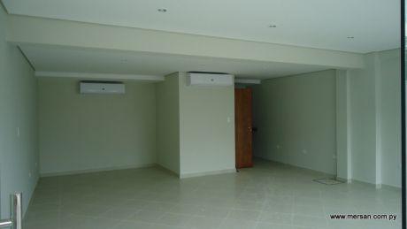 Interesante Salon Comercial En Villa Morra - 50 M2 (390)