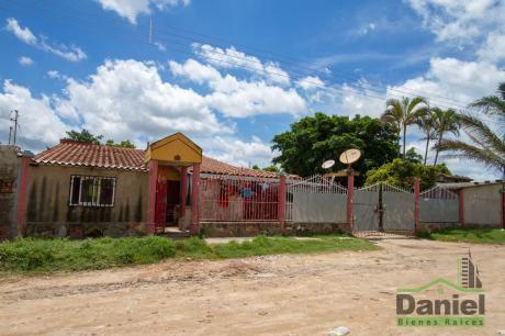 Casa Zona Cambodromo Y 7mo Anillo