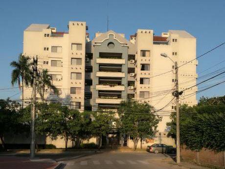 Hermoso Penthouse (departamento De Dos Niveles) En Equipetrol Norte