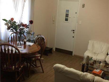 Apartamento 2 Domritorios En Buceo Sobre Avda Italia