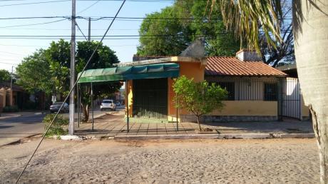Alquilo Salón Comercial En Una Esquina. Zona Municipalidad De Lambaré