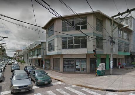 Vendo Edificio Calle Rene Moreno Esquina Pari