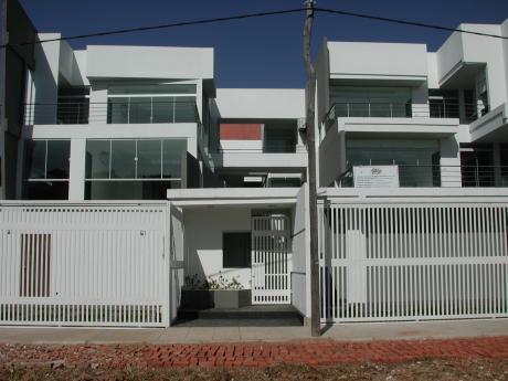 Departamento En Venta En Condominio Renacer, En La Entrada Del Remanso