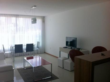 Alquiler Temporario - Apartamento De 1 Dormitorio En Malvin - Amueblado