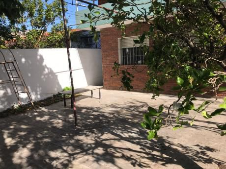 Casa En Parque Batlle, 4 Dormitorios, Fondo, Gge Doble