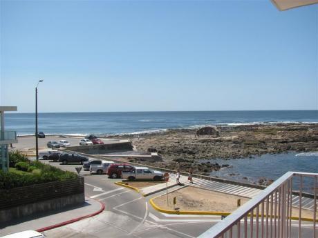 Excelente Departamento Con Vista Al Mar Y Cochera