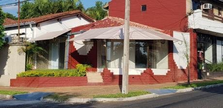 Alquilo Local Comercial De 60 M2 Sobre Pacheco, Bo. Recoleta