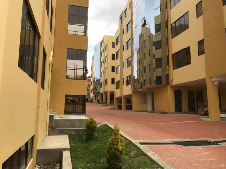 Achumani Las Lomas, 300 M2; $us 215.000