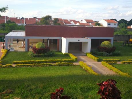Inmobiliaria Ofrece: En  Anticretico Y/o Venta Casa A Estrenar  Av. Doble Via
