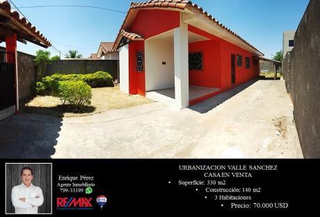 Urb. Valle Sanchez - Casa En Venta