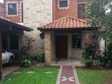 Alquilo Residencia En Villa Morra - Zona Paseo Carmelitas