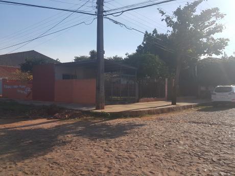 Oferta! Terreno Con Casa A Refaccionar En Barrio San Blas, Asunción