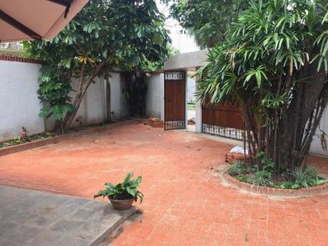 Linda Casa En La Av. Banzer