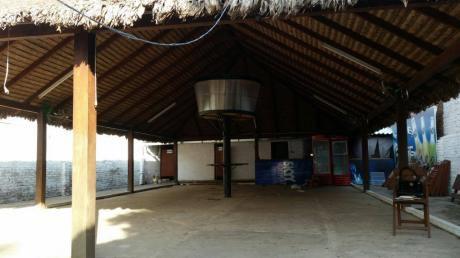 Casa Para Restaurante - Bar En Alquiler