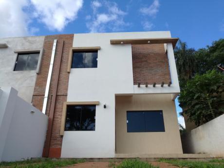 Vendo Duplex A Estrenar En Villa Elisa.-