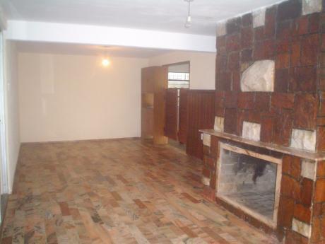 Casa En Barra De Carrasco A Una De La Rambla
