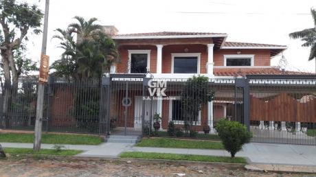 Alquilo Amplia Y Hermosa Residencia En Zona Santisima Trinidad