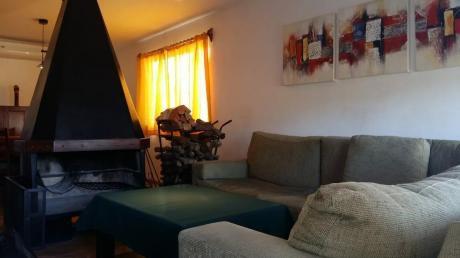 Venta De Casa En El Pinar De 3 Dormitorios!!!