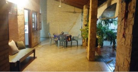 Tierra Inmobiliaria Vende - Hermosa Casa En Fdo De La Mora-zona Norte!