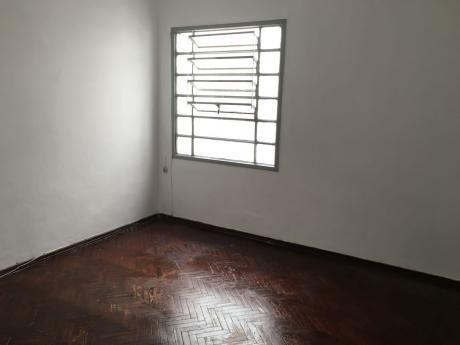 Apartamento 1 Dormitorio, En Zona Goes.