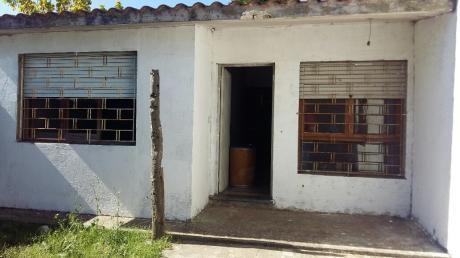 2 Casas Con 200 M2 Edificados Techo Planchada